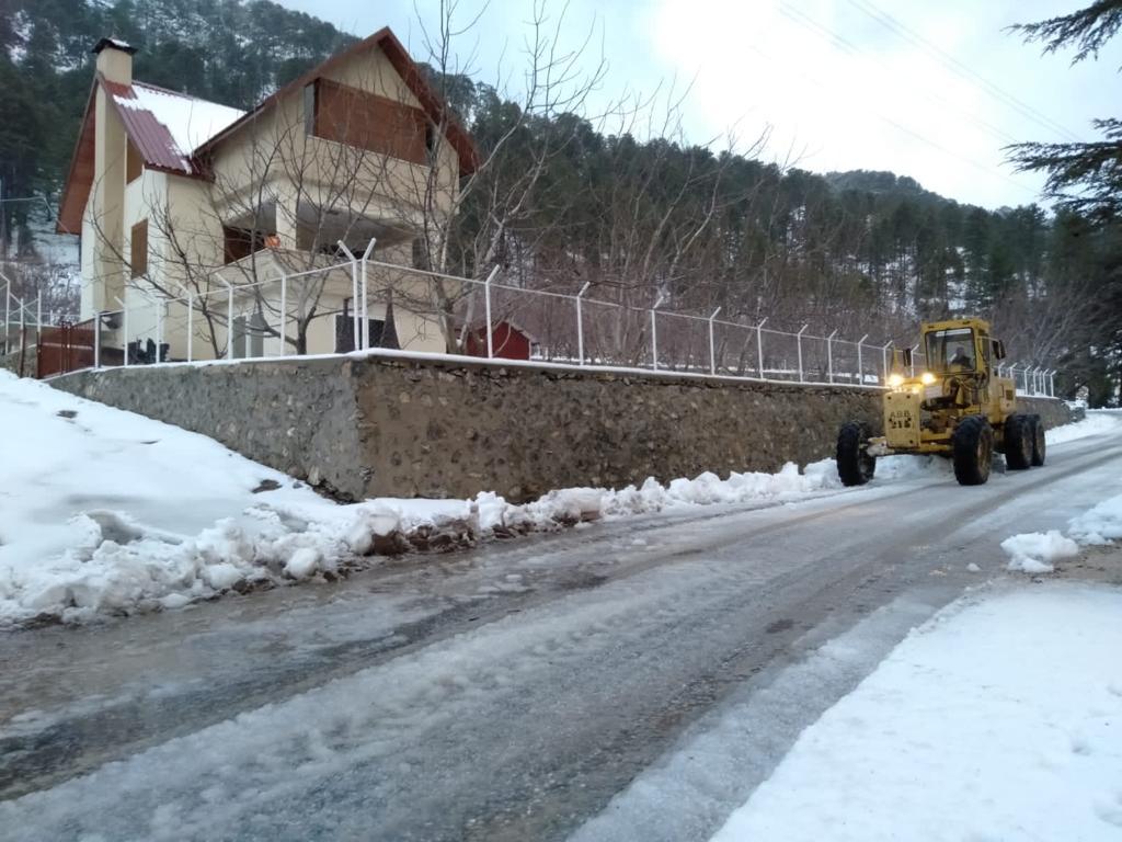 Turizm merkezinde karla mücadele